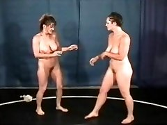 Bust Babes Nude Grappling