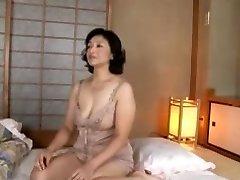 Mature skank gets boned in Japanese adult porn flick