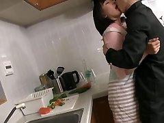 mature japonaise en manque baisee par sonny gendre