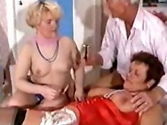 German Mature 3some - Shaving, Fisting Anal