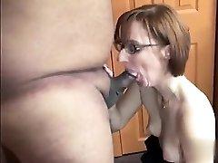 New GIRLFRIEND from MILF-MEET.COM - Horny housewife Layla Redd is bl