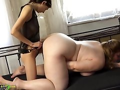 OldNanny Chubby big-titted granny jerk with strapon and tee