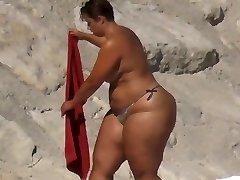 BBW Thick Ass on the Beach