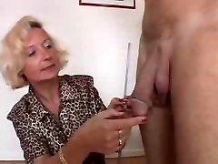 Taliansky Babička má 2 kohúty