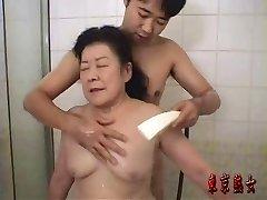 Japonský granny užívať sex