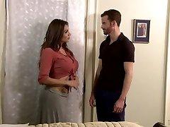 Curvy tranny Jessy Dubai pummels anal hole of handsome romp partner