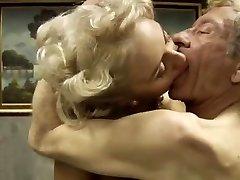 Italiensk klassisk porno .Bastardi 1