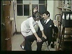 Prantsuse küps armastab spanking ja kuradi - vintage
