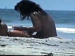 עירום זוג על החוף