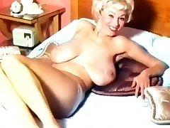 ג ' ורג ' יה הולדן - 50's עירום חמוד