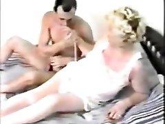 močiutė retro lytis
