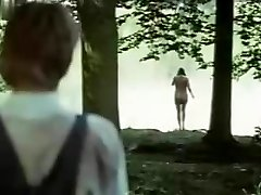 barbara hershey v ljubezni prihaja tiho (1973)