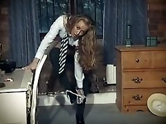 british school girl uniform striptýz