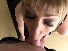 busty blonde en slurvete hals møte knulle svelge