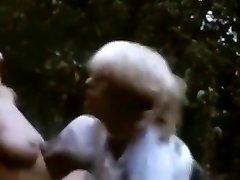 अद्भुत जापानी फूहड़ में विदेशी सुनहरे बालों वाली, विंटेज जापानी फिल्म