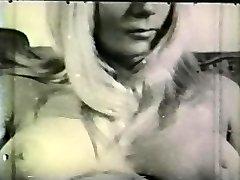 सॉफ़्टकोर जुराब 654 1960 के दशक - दृश्य 3