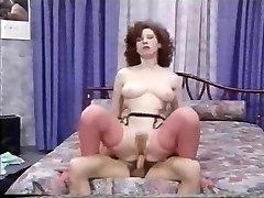 Ne Regardez Pas Tout Avaler (1989)