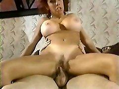 Vintage Big Tits Rudmatis Zaķis Bleu