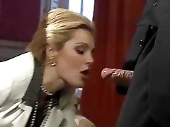 Parim XXX kinos alates gorgeous classic porn star Laure Sainclair