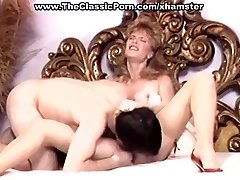 Retro wifey in high stilettos wild fuck