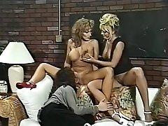 Šilčiausias pornstars Menage Trois ir Anna Amore neįtikėtinais tryse, slaugytoja xxx filmas