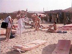 Dans Le Chaleur De St-Tropez (1981)