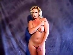 Tammy Sytch (FKA WWE Ensolarado) stripping