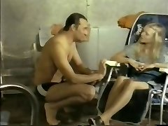 Massagesalon Elvīras (1976)