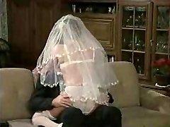 Quente Noiva! Retro pornô!