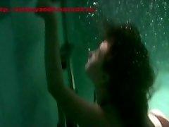 पानी के नीचे. Breathholding