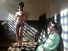 Фильм обнаженные Гонконг сцена