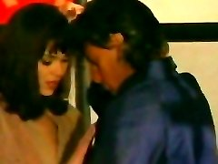 Therapy and allurement (italan movie).
