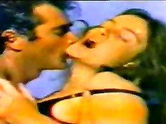 ARZU OKAY - Ejaculation SIKIS - SALIH GUNEY