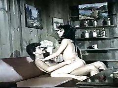 Seytanin Kolesi (Turkish Antique Adult Movie)