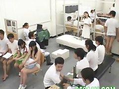 skolflicka skam fysisk undersökning 04