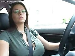 Nadine Jansen - Car