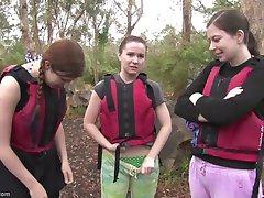 Rafting chicas de sexo en los rápidos