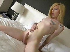 Ts Annabelle Lane cute blondie, marvelous feet, masturbation