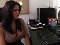 Sex starved damsel