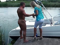 Busty suntanned bbw blonde tramp Sunny Diamond gets her twat eaten on the boat.