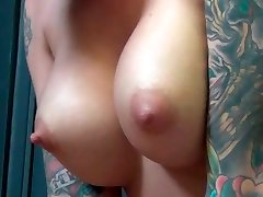Extravagant emo honey Christy Mack gives good blowjob