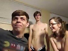 Casal bisexous na putaria
