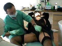 Franska MILF går till Tandläkaren-Del 1