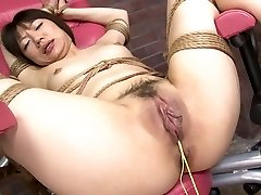 Girl's tight pussy is boinked hard with a fuck machine