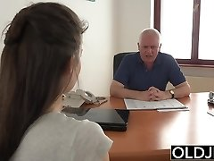 Young Damsel Fucked by Old Man Office Deepthroat Blowjob