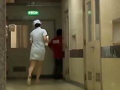 Csintalan Japán alsó sharking a kórházi nővér