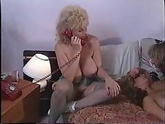 Tight lesbian fuckboxes being licked