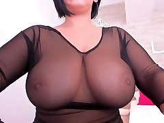 Meaty tits chilling