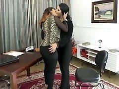 embrasser pour le travail