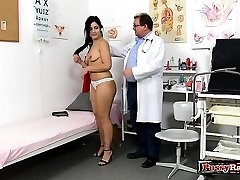 Brunette doc gaping with cumshot